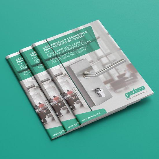 diseno de catalogo de productos 550x550 - Diseño de catálogo de cerraduras